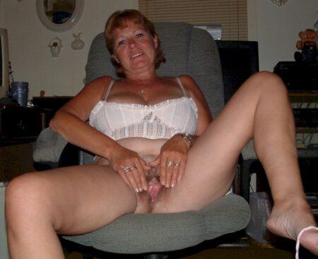 Belle femme coquine qui cherche un vrai plan sexe extra-conjugale