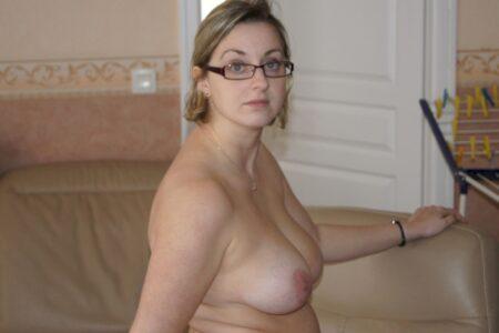 Femme infidèle sexy que pour des hommes sur Auch